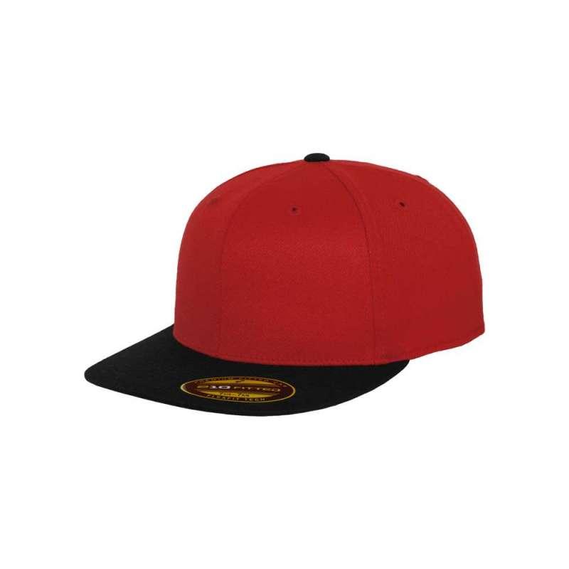 Flexfitkeps, röd/svart 210 Fitted med platt skärm